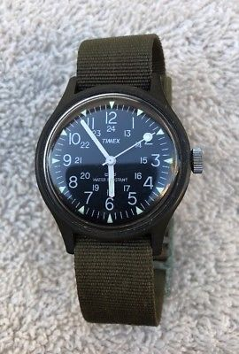 VINTAGE MEN'S TIMEX 24 HR MILITARY WINDUP WATCH ARMY GREEN CLEAN