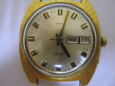 Vintage Man's Timex Electric Day/Date Watch